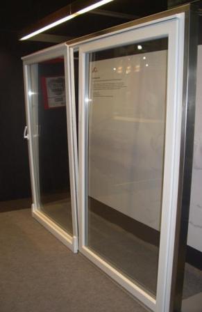 Наклонно-раздвижные алюминиевые двери