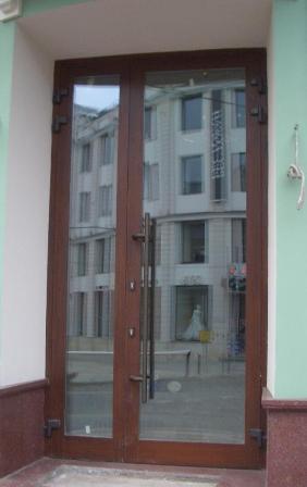 Ручки-поручни для алюминиевых дверей